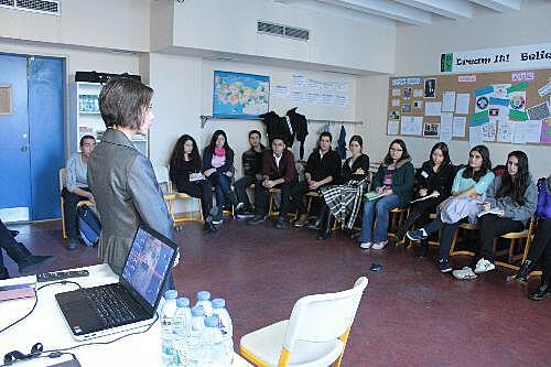 insan-haklari-demokrasi-etkinligi (4)_rsz.jpg