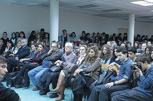 insan-haklari-demokrasi-etkinligi (2)_rsz.jpg